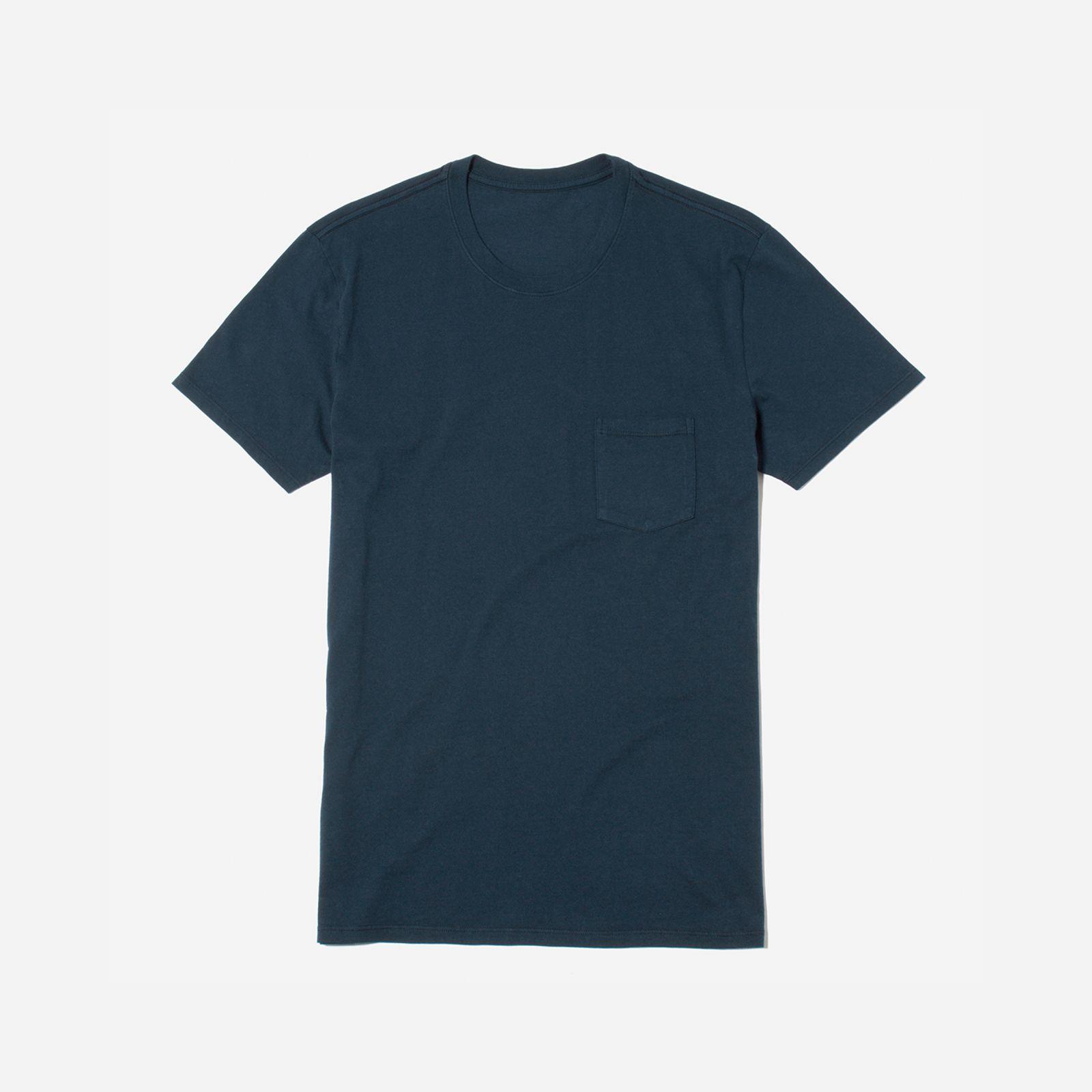 men's cotton pocket t-shirt by everlane in true navy, size xs