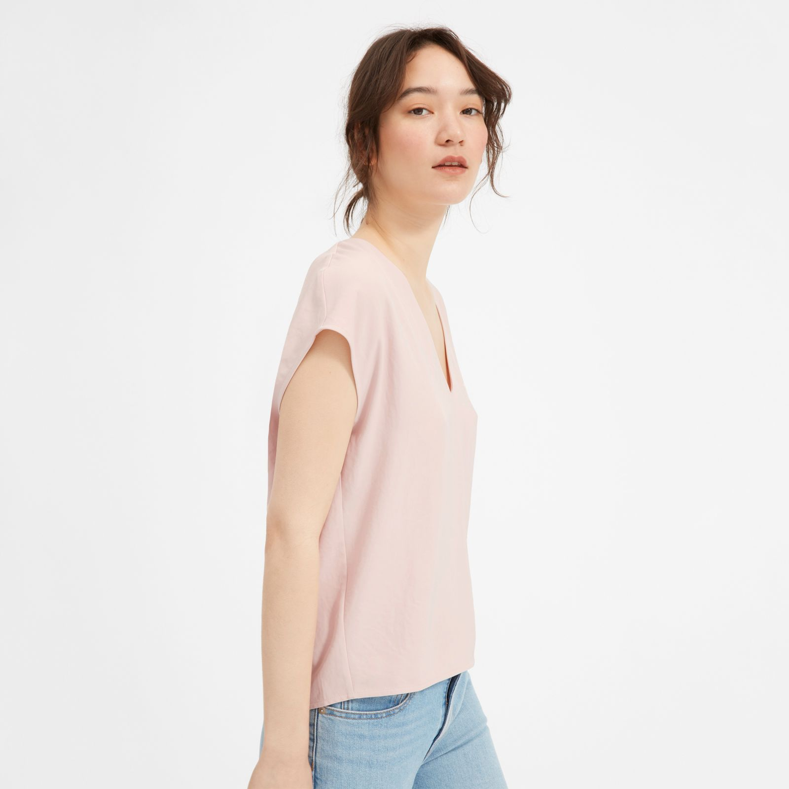 women's japanese goweave v-neck t-shirt by everlane in rose, size 16