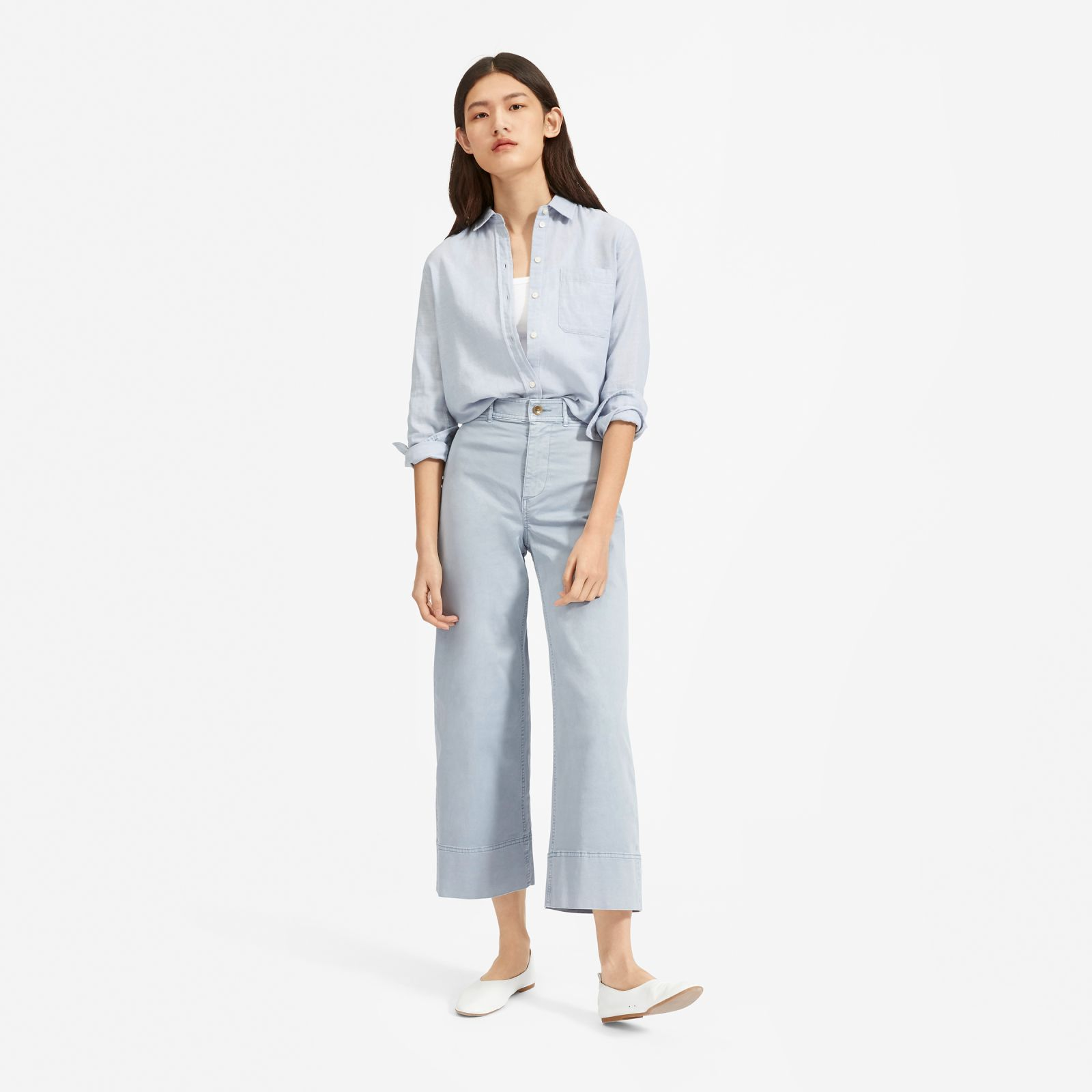 women's lightweight wide leg chino by everlane in pale blue, size 16