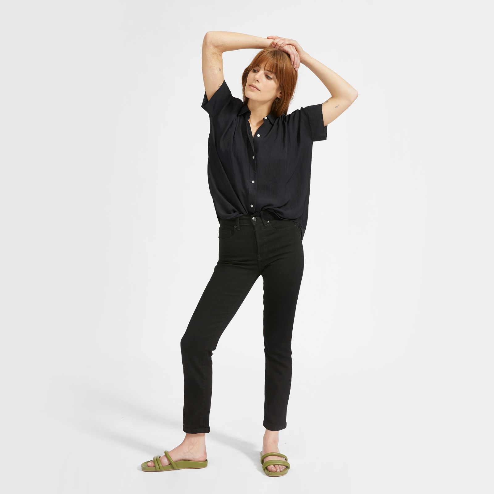women's japanese goweave light square shirt by everlane in washed black, size 16