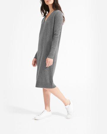 0a19ce238fb71 ... The Cashmere V-Neck Midi Dress - Everlane ...