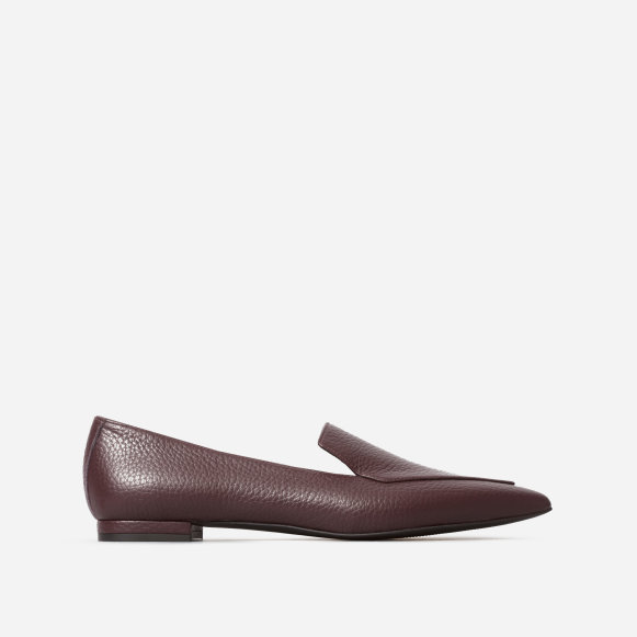ea84f16c45a The Boss Flat in Burgundy