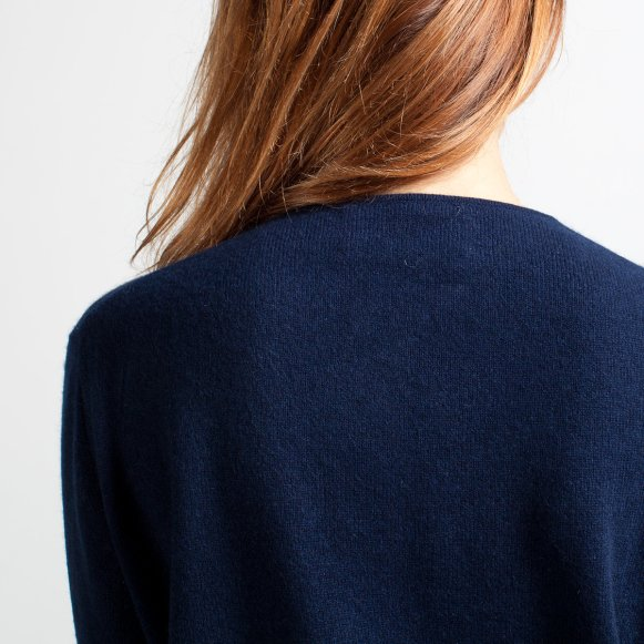 06008f3618a The Slouchy Cashmere V-Neck in Navy Blue
