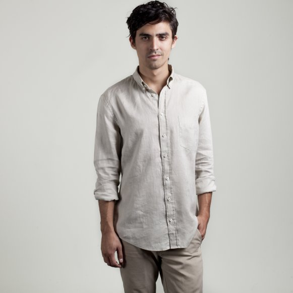 c97a82fc954 The Men s Linen Shirt in Sand