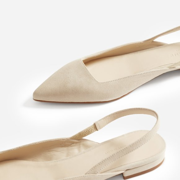 df959a802 The Editor Slingback in Natural Suede