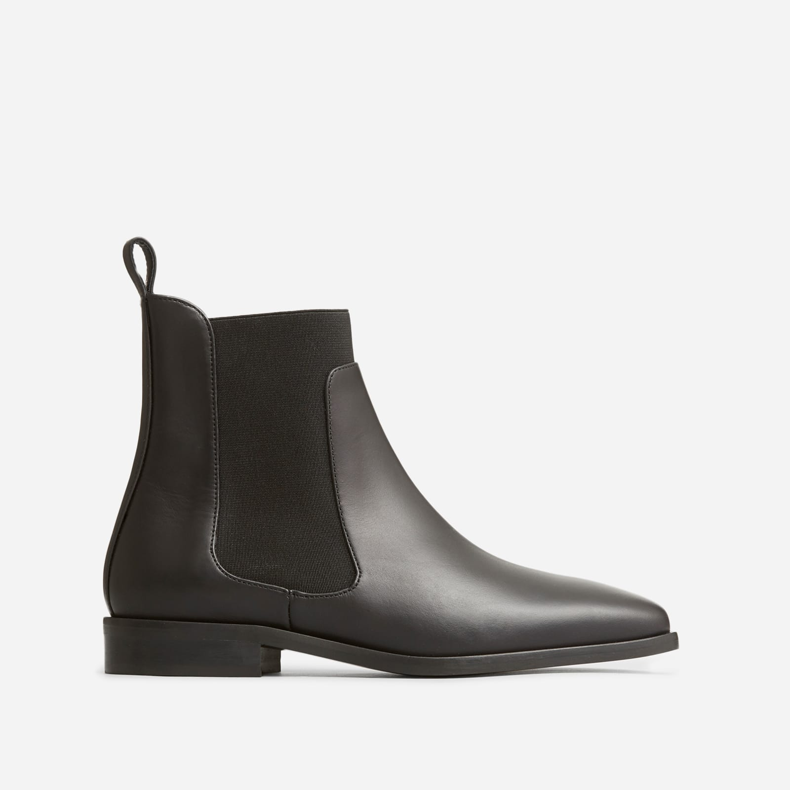 square toe chelsea boot by everlane in black, size 5