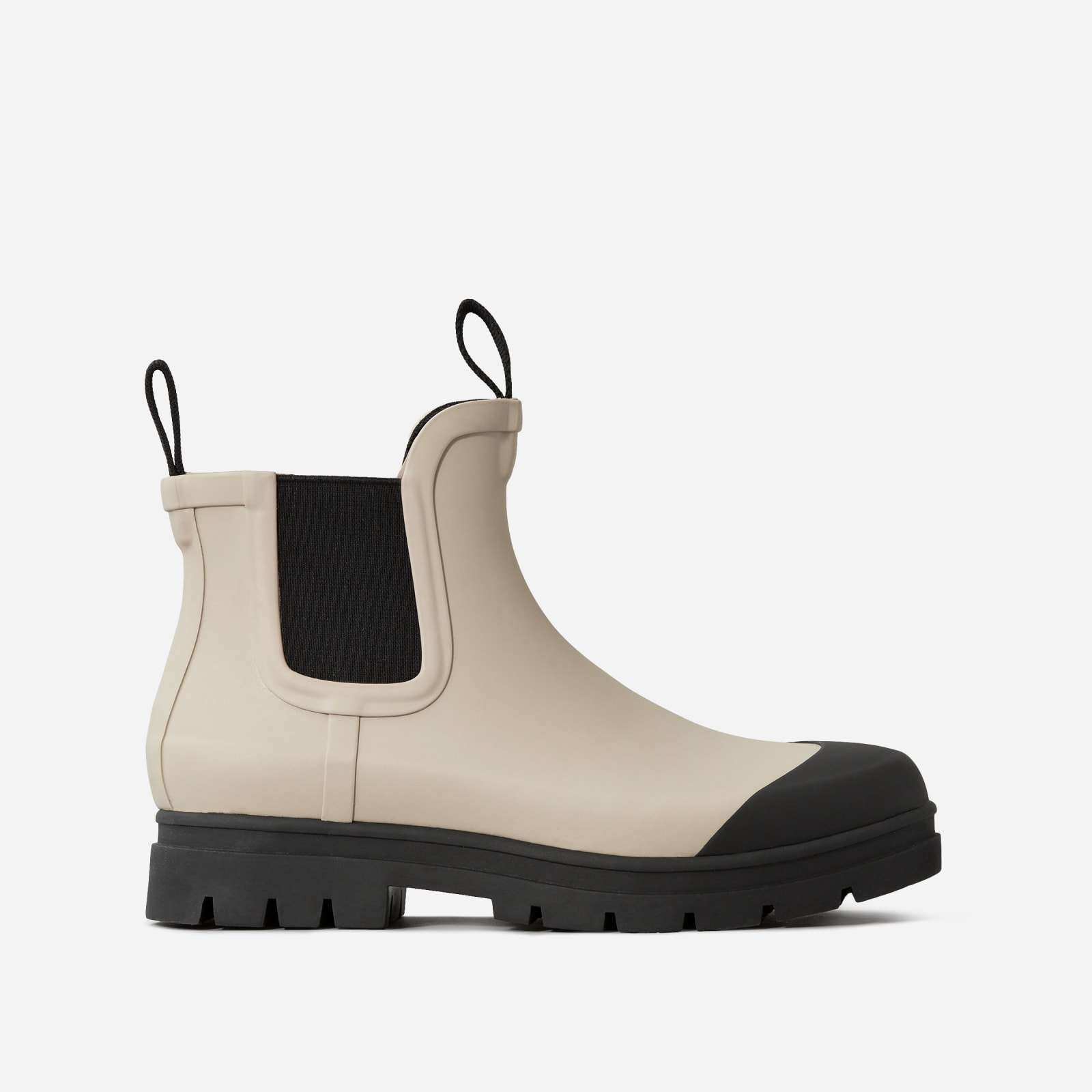 rain boot by everlane in stone, size 5