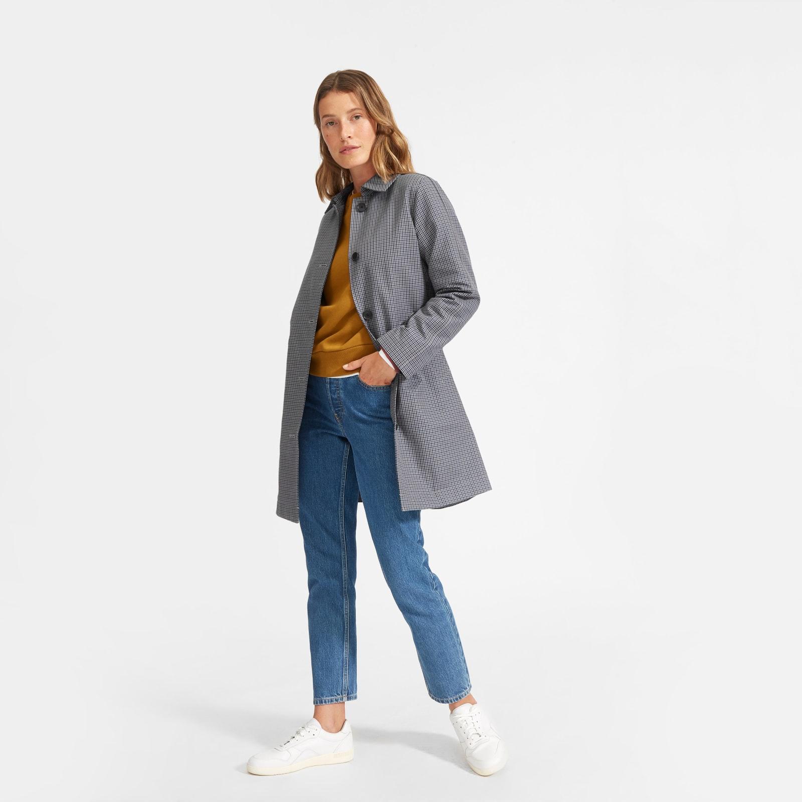 women's mac coat by everlane in blue, size 00