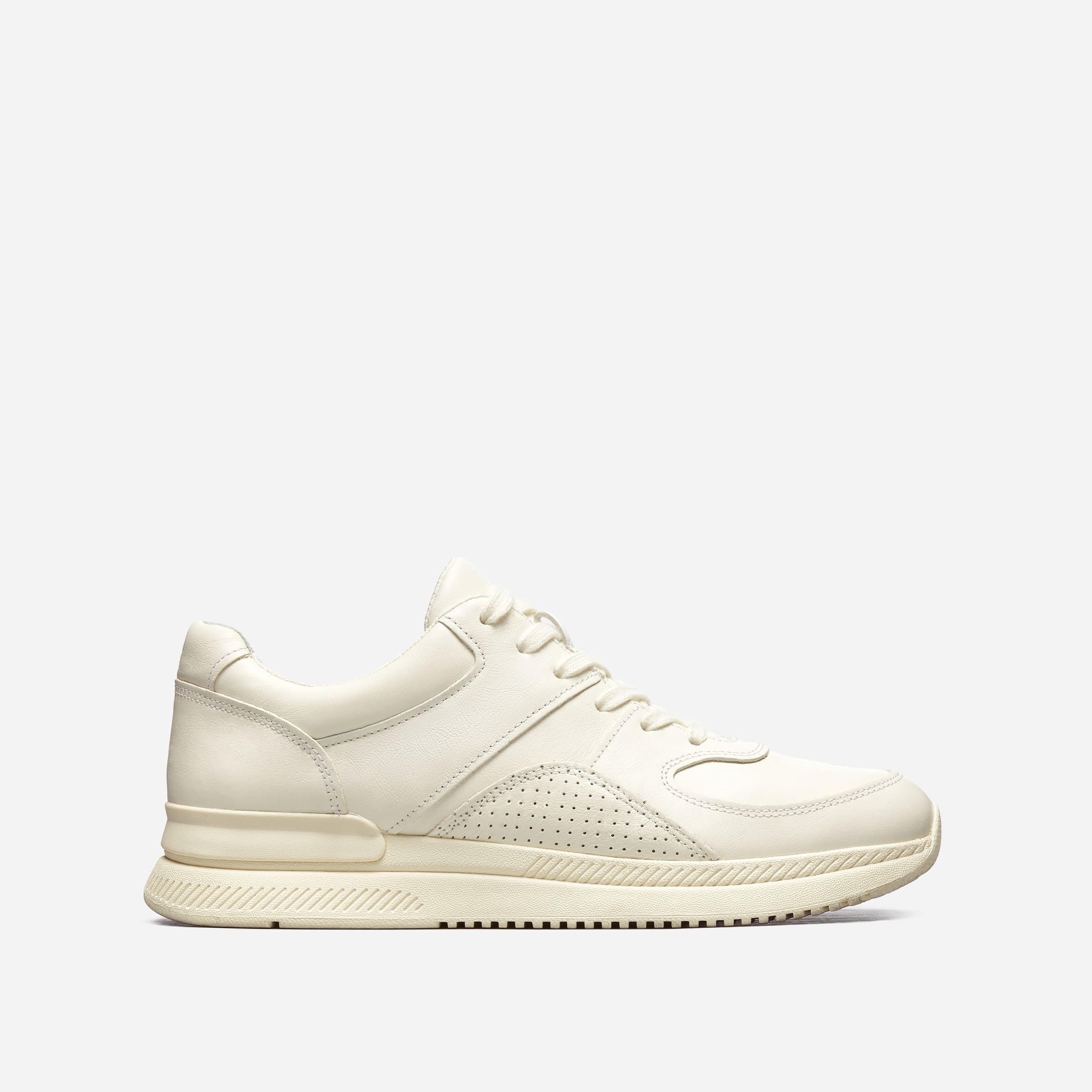 8. Everlane Tread Trainers sustainable running shoes