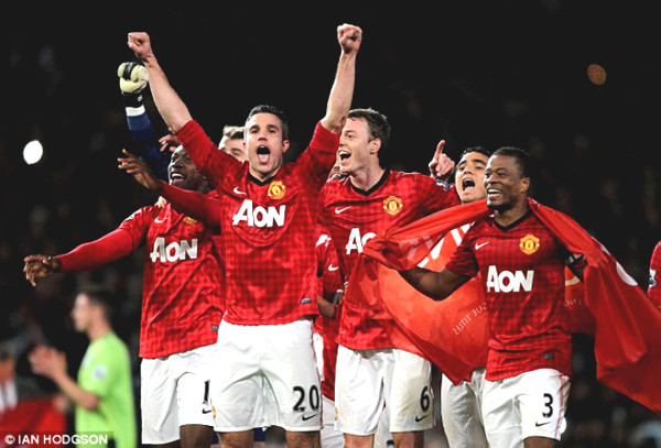 7 years of Van Persie hat-trick, Manchester United champions of England 20th