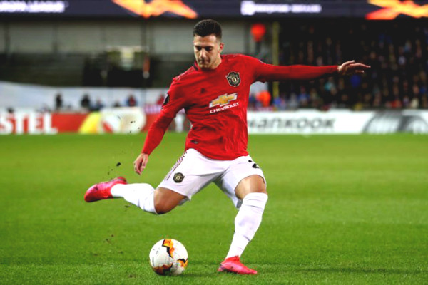 Hot 24/4 football news: Manchester United are ready to sell young stars for PSG