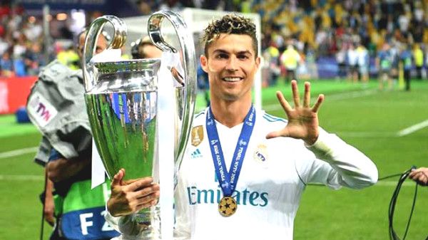 The best Real Madrid team of the century: Ronaldo is with other 4 Golden Balls