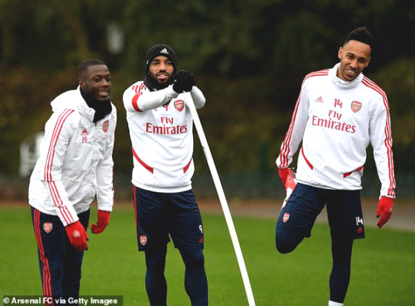 Arsenal returns to practice despite Covid-19, many competitors imitate