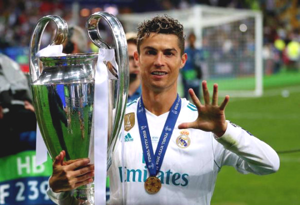 Empire Real Madrid: Public large Brazil - Argentina, honoring Ronaldo