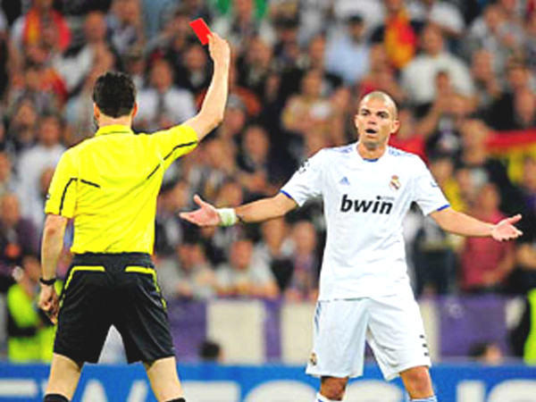 """King of the red card,"" Pepe 12 removals: The ""crazy"" moment"