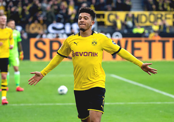 MU extremely pleased to welcome news: Dortmund agree, Sancho put a foot to Old Trafford
