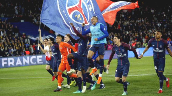 Football hot news 1/5: Ligue 1 lose money severely because of ending