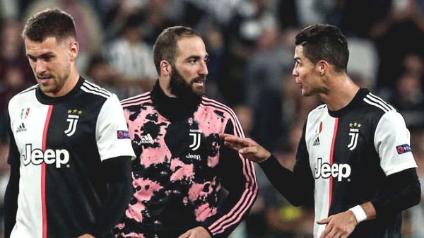 Serie A match on ice 3 / week: Great graphics with Ronaldo & the old man Juventus