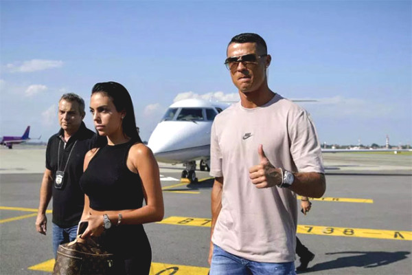 Ronaldo - Juventus Serie A scared stiff when infections have Covid-19?