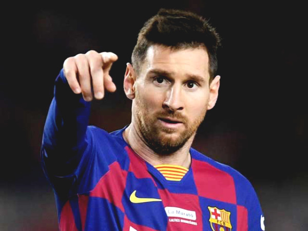 Messi has to more chance to leave Barca, disclosure about the referee in favor