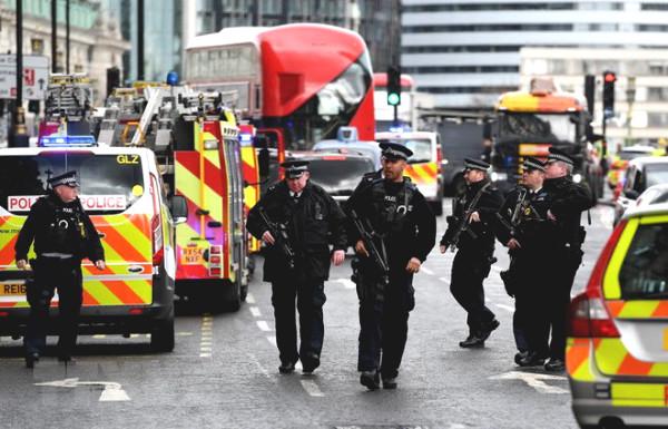 Premier League is threatened by terrorist attacks, recalling memories of MU panic