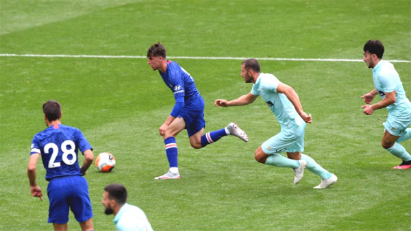 Chelsea's 7-1 derby victory: Lampard blow