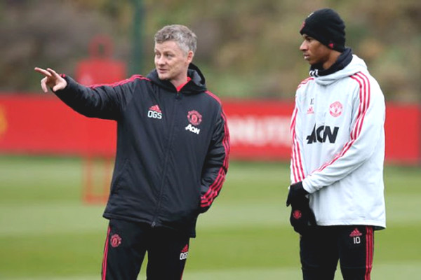MU waits for Tottenham match, Solskjaer revealed 4 attack stars