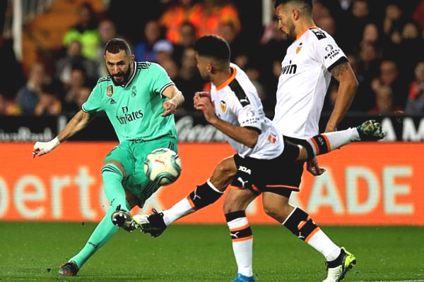 Direct football Real Madrid - Valencia: 3-stars win