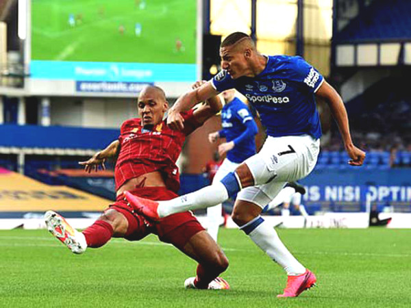 Everton stole vicotry, how long is Liverpool championship delayed?