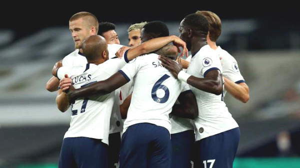 The top 4 race fiery Premier League: Tottenham threatened MU, Chelsea