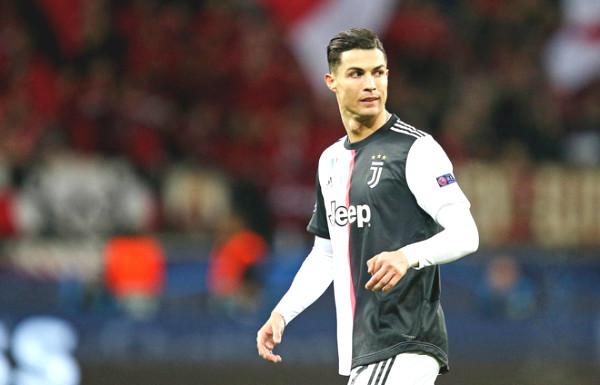 Hot 29/6 football news: Ronaldo unexpectedly provoked Lyon chairman