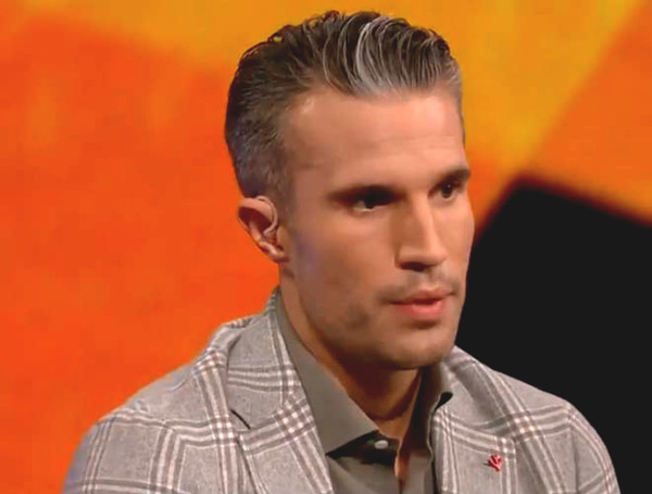 Hot 6/7 football news: What did Van Persie say when being compared to the Greenwood by MU fans?