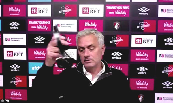 Tottenham winded top 4 for VAR, Mourinho anger out at the press conference