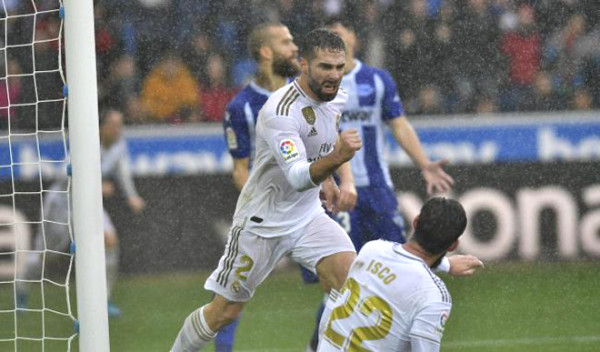 Real Madrid football commentary - Alaves: 3 points required, closer crown