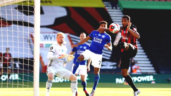 Fiery Premier League standings: Leicester lost big, MU in the top 3 tonight?