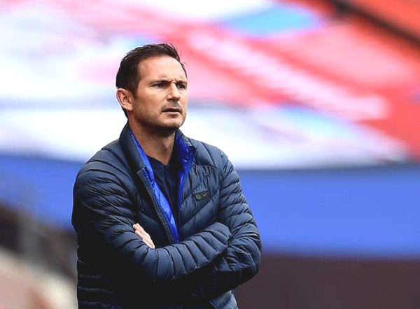 "Arsenal FA Cup with Chelsea: Lampard was ""threatened"" by Giroud, awkward with leaving star"