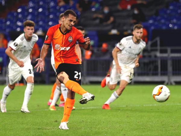 Europa League football results, Shakhtar Donetsk - Basel: perfect attack, 4 goals petrified