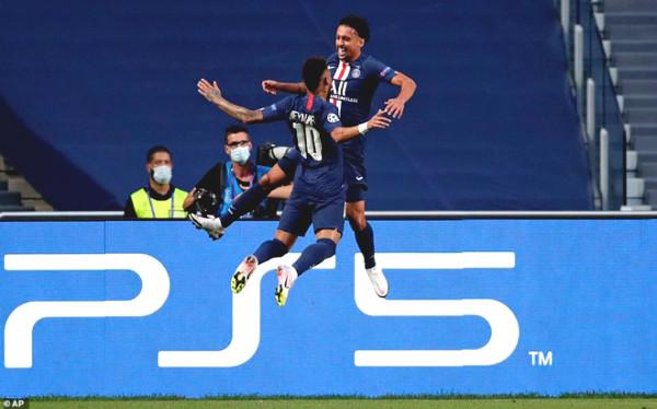 PSG up feat C1 Cup: Neymar - Mbappe celebrate provoke Leipzig