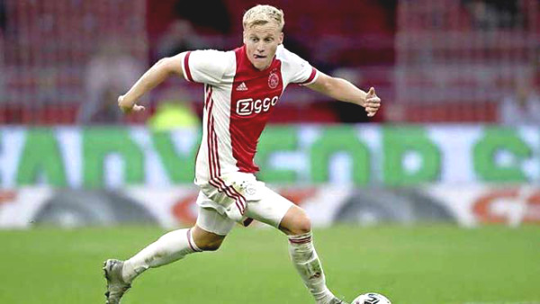 HOT: MU decided to buy Van de Beek for 40 millions Pounds, medical tests this week