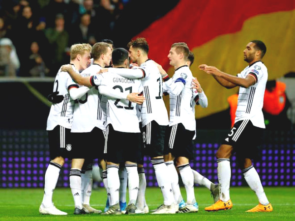Verdict Football Germany - Spain: Chelsea fans towards Million Havertz & Werner