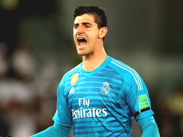 """Courtois received big gift from Real Madrid, dreamt to match """"Saint Iker"""""""