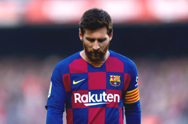 Barcelona coach Koeman purge to serve Messi: 12 stars on beach is?