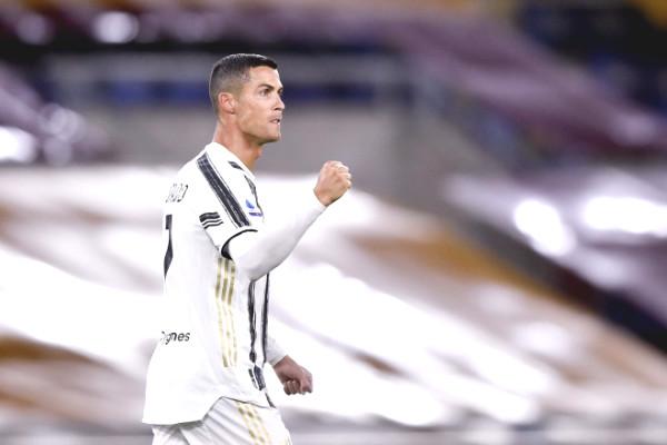 "Ronaldo Utopian: Super jump like ""Superman"" to save Juventus"