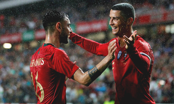 Ronaldo is infected with Covid-19, MU is stunned: Lost Fernandes for 14 days, hold their breath waiting for Pogba