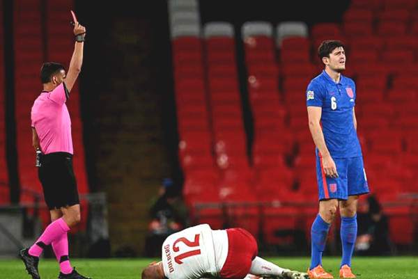 Maguire was a disaster after 31 minutes with a red card: England newspaper is criticizing the captain of MU