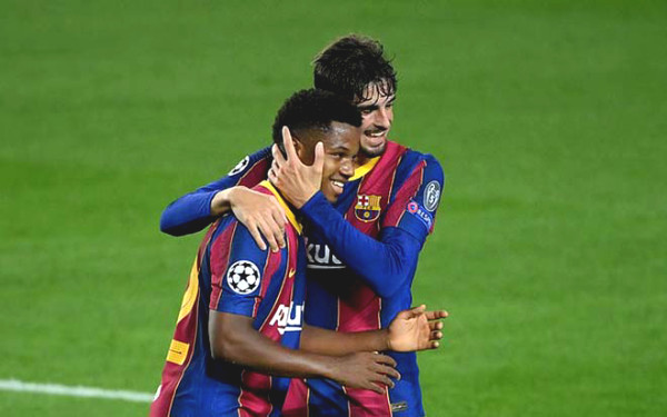 Barca - Juventus opened jubilantly C1 Cup, Chelsea suffering before