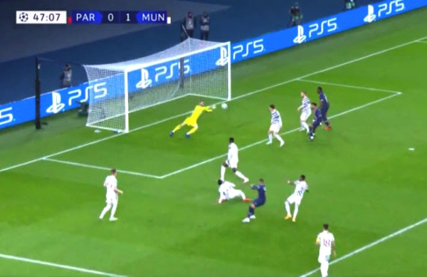 "MU took down PSG: goalkeeper   De Gea turned into ""god"", Mbappe, Neymar were helpless"