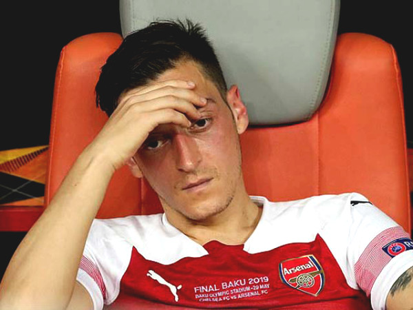 "HOT: Ozil claimed Arsenal to be ""betrayal"", expressed extreme frustration"