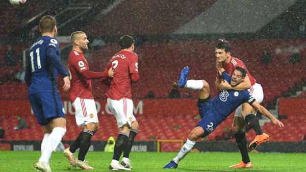 "Hot spots of round 6 Premier League: Manchester United - Chelsea bogged down, ""Big 6"" ungroup"