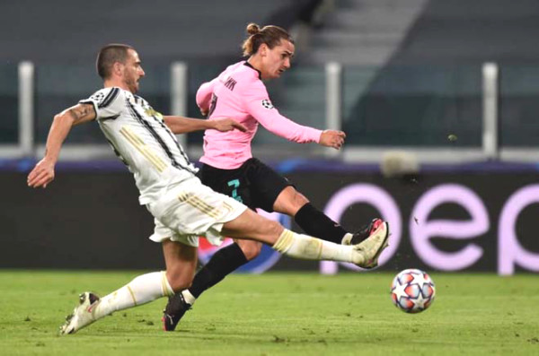 Juventus flaming wars - Barca: Messi shines, engulfing Turin